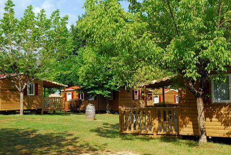 Photos du Camping Capfun Les Hauts De Ratebout
