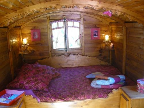 Photos du Camping Des Randonneurs Hébergements Insolites En Pyrénées Orientales