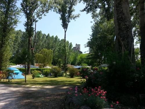 Photos du Camping Du Vieux Chateau